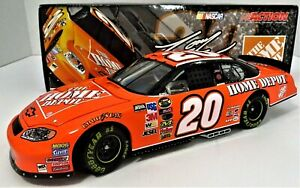 2005 Tony Stewart #20 Home Depot JGR Chevy 1:24 Nascar Limited Edition - NEW