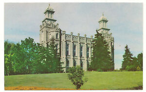 Logan Utah LDS/Mormon Temple, Frank Wise Photo, Unused Vintage Postcard