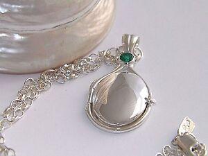 925 Sterling Silver 4mm Lab Emerald Locket H2O Just Add Water Mermaids+18.5Chain