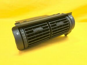 CADILLAC CATERA FACTORY OEM CENTER DASH HEATER VENTS 1997 1998 1999