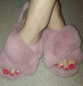Womens vintage slippers