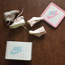 Toddler Baby Vintage 1987 Nike Footlocker White Pink Sz 1 Shoes Socks Tin Lot