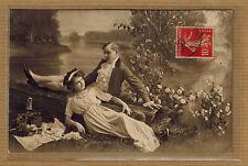 CPA couple femme homme pique nique amour love séduction galant tp0647