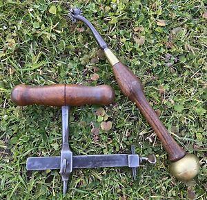 Ancien Outils De Bourrelier, Travail Du Cuir, Compas, Griffe A Molette Blanchard