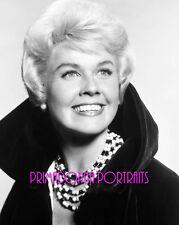 DORIS DAY 8X10 Lab Photo 1950s Bejewelled Glamorous Necklace Publicity Portrait