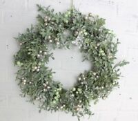 GISELA GRAHAM CHRISTMAS TWO-TONE BERRY LEAF GREEN GOLD WREATH