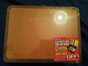 Valise de l'homme qui valait 3 milliards * lunch box avec 1 figurine du Dr Wells