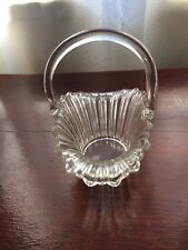 Art Glass Round Basket with Single Handle