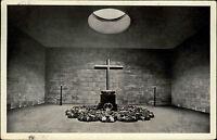 Berlin s/w Postkarte 1941 gelaufen Unter den Linden Ehrenmal Kreuz Memorial Hall