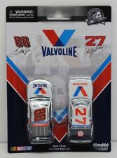 Cale Yarborough 1982 Valvoline & Dale Earnhardt Jr 2015 Valvoline 2 Pack 1:64