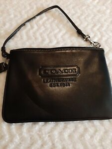 Coach Vintage Black Embossed Cowhide Butter Leather Wristlet 7 X 5 Excel. Cond.