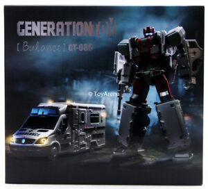 Generation Toy GT-08C Guardian Bulance Action Figure Transformers