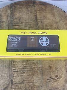 American Models S Scale Model Train - Santa Fe