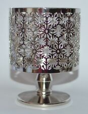 BATH & BODY WORKS SNOWFLAKES PEDESTAL LARGE 3 WICK CANDLE HOLDER SLEEVE 14.5 OZ