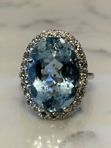 BLACK FRIDAY SALE! Vintage aquamarine and diamond ring