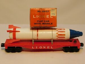 LIONEL POSTWAR No.6407 FLAT CAR with MISSILE w/SUPER RARE ORIGINAL BOX !
