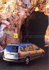 Renault Megane Kombi 2001 catalogue brochure suedois swedish rare