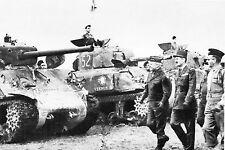 WW2 - Photo  - Le Gal Leclerc passe en revue les chars de la 2ème DB en Alsace