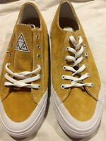 Huf Classic Lo Suede Mustard & White Vulcanized Skate Shoes VC43002 New no box