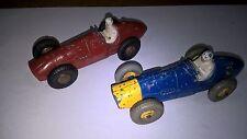 Dinky Toys lotto 2 (Due) Ferrari F1 art.234 Rosso ed art.23J Blu/giallo.