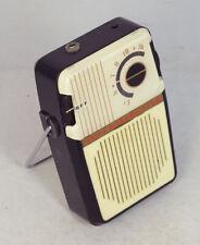 Vintage Union 2-Transistor AM Boy's Radio