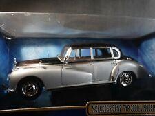 Ricko 1955 Mercedes-Benz TYP 300C Limousine 1:18 Scale Diecast Model Car