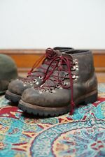 Vasque Vintage Mountaineering Leather Hiking Trail Boots Size 9 W Vibram Soles
