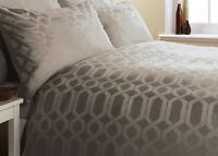 GEO LATTE SUPER KING BED SIZE 300 Thread Count Egyptian Cotton Duvet Cover Set