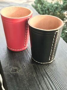 Würfelbecher für sie und ihn - aus Leder in Schwarz und Pink ohne Würfel