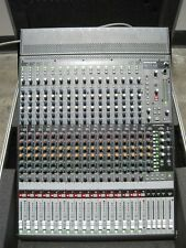 Mackie Onyx 1640 16-Channel Analog Mixer Desktop Console Engineering+Road Case