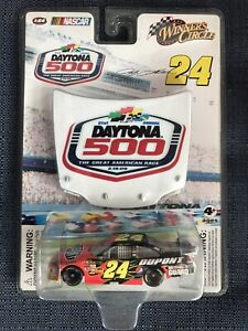Jeff Gordon #24 Nascar Winners Circle Diecast Car Daytona 500 2009