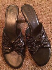 Women's Shoes Size 8M Georgine Apostrophe Black Butterfly Slip-On Sandals