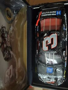 1997 Dale Earnhardt Sr 3 GM Goodwrench Raced Version Crash Car 1/24 Diecast...