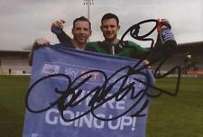 Chesterfield: Ritchie Humphreys & Tommy Lee signé 6x4 Celebration PHOTO + COA