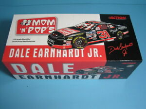 Dale Earnhardt Jr. #31 Mom 'N' Pop's 1996  Monte Carlo  NASCAR 1:24  ACTION
