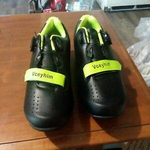 Brand New Vceyhim Biking Shoes Size 8 Black/Green
