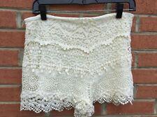 KIMCHI BLUE Short Shapely Ivory Cream Cotton Floral Lined Lace Shorts Size 12