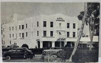 Photo Hotel Leonardo Miami Beach FL 1951 Palm Trees Vintage Cars Photo Postcard