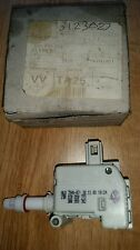 Vw beetle,bora,golf,passat,petrol flap actuator/central locking unit 1c0810773