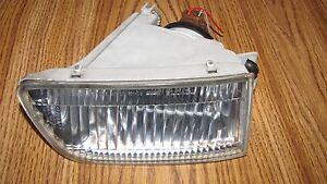 LEXUS LS400 FOG LIGHT RH 1998-2000 OEM PASSENGER