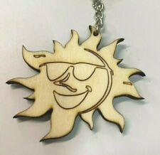 Schlüsselanhänger aus Holz 'Lachende Sonne' graviert  - Lasergravur