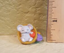 Hallmark Merry Miniatures Thanksgiving 1988 Mouse in Cornucopia Qfm1514