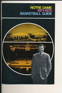 1971 - 1972 Notre Dame Basketball press Media guide bkbx7