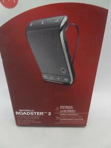 Motorola Roadster 2 Universal Bluetooth In-Car Speakerphone}
