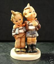 Hummel 123 Max und Moritz Zwei Jungen Hummelfigur Göbel Porzellan-Figur um 1972