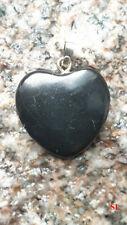 Pendentif en Shungite forme Coeur 1,7x1,2cm argenté Litho-Reiki