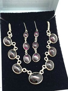 Lovely Vintage Sterling Silver & Garnet Pendant Necklace & Earrings Set