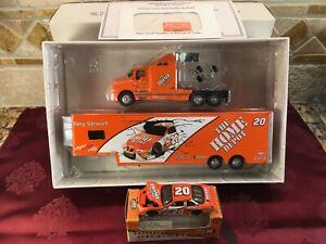 NASCAR TONY STEWART 2000 20 Home Depot Racing 1/64 Peachstate Hauler 64 Car SET