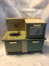 Vintage Children's Tin  Electric Stove/ Range Toy Kingston Products Model #4431