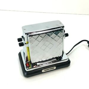 Toastess Model TT-200 Vintage Modern Antique Type Electric Toaster Stainless